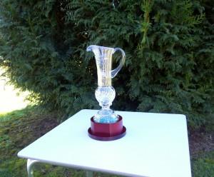 Trofeo actual de La Ruta do Viñó- Actualmente en depósito en Rois.